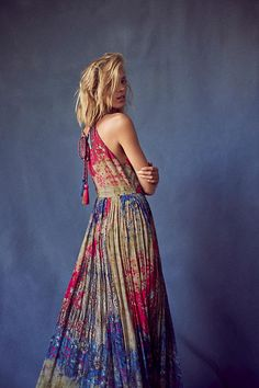 Yaritza Floral Maxi Dress. Enlivened with abstract florals, this floor-sweeping maxi dress is perfect for Autumn lit garden parties.