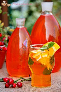 Šípkový sirup | Máma v kuchyni Hurricane Glass, Hot Sauce Bottles, Vodka, Smoothie, Frozen, Food And Drink, Homemade, Drinks, Tableware