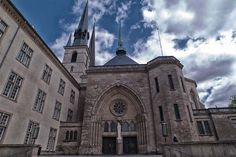 Notre-Dame Cathedral, Luxemburg City - by jurgen.proschinger :Flickr