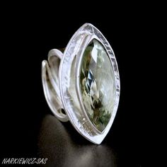 Green spindle - sterling silver ring with green amethyst - artist: Beata Narkiewicz-Sas