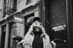 Los límites están en tu cabeza! Y a veces pensar que no los tienes o que eres posible de todo funciona! Y agradezco la locura que me hizo conocer a estar gran persona! Compartimos 3 días  geniales haciendo lo que amamos conectadas siendo felices! Explorando y logrando un trabajo súper hermoso!  Gracias infinitas @stephaniedemner por responder ESE mensaje y también aventurarte y ver que pasaba! Sos lo más te voy a extrañar! Por más fotos por NY y donde sea! y sin dudas gracias a…