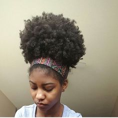 Mega Puff natural afro hairstyles for summer Pelo Natural, Natural Hair Tips, Natural Hair Journey, Natural Curls, Natural Hair Styles, Natural Beauty, Puff Ponytail, Pelo Afro, Queen Hair