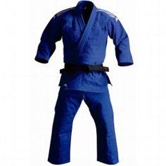 Kimono judo J700 azul  http://www.decathlon.es/C-1020920-?banners=banners:site-rebajas-deporte-combate=banners#