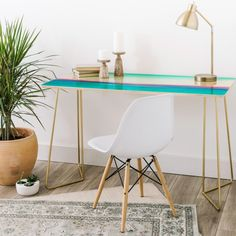 Hard at work, or hardly working? Either way we've got you covered with the In Your Dreams desk. Sleek baltic birch top & two color options of the aston legs