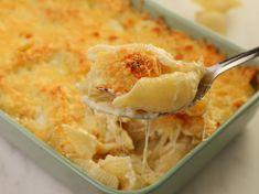 Κοχύλια με τέσσερα τυριά στο φούρνο Cookbook Recipes, Cooking Recipes, Main Dishes, Side Dishes, Food Art, Macaroni And Cheese, Spaghetti, Pasta, Ethnic Recipes