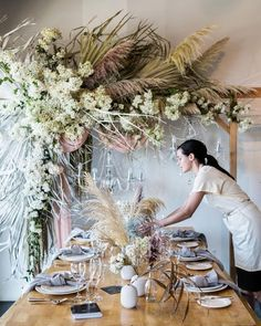 Super Ideas for wedding arch white flowers floral Wedding Trends, Boho Wedding, Wedding Table, Floral Wedding, Wedding Flowers, Quirky Wedding, Wedding Receptions, Trendy Wedding, Deco Floral