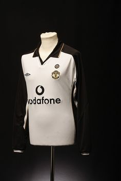 Manchester United Football Shirt (Away, 2001-02)