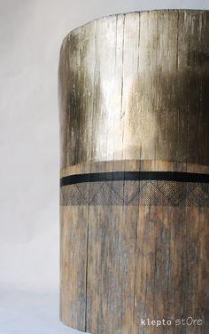Steel Furniture, Diy Furniture, Table En Bois Diy, Cheap Home Decor, Diy Home Decor, Log Coffee Table, Painted Driftwood, Creation Deco, Live Edge Wood