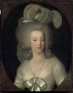 1784 Marie Antoinette wearing a white sheath dress by Wilhelm Bottner (Louvre) Photo - Franck Raux 2