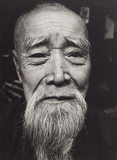 Thomas Hoepker | Alter Chinese in Singapur | Museum für Kunst und Gewerbe…