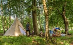Die Abenteurer: das steht für einen tollen Kindergeburtstag im Wald mit Baumklettern und Lagerfeuer oder einen ebenso tollen Familien-Erlebnistag. Tolle Idee!