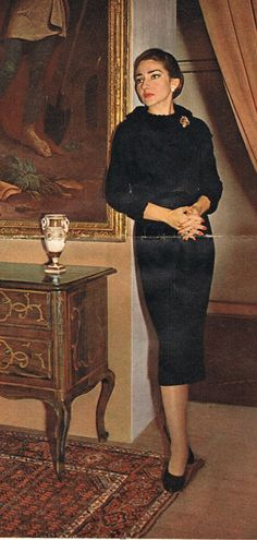 Maria Callas looking stunning and keeping it classy! Maria Callas, Keep It Classy, Looking Stunning, Diva, High Neck Dress, Lady, Womens Fashion, People, Beauty