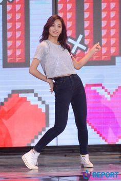 "【PHOTO】Twice「コリアンミュージックウェーブ」でステージ披露""ラブリーなパフォーマンス"" - K-POP - 韓流・韓国芸能ニュースはKstyle"