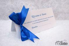 Plic de bani cu funda albastra Royal Blue. Tableware, Floral, Model, Green, Dinnerware, Dishes, Florals, Place Settings