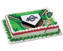 Plan on throwing a birthday party or a family get together? A fun way to celebrate would be to make a Milwaukee Brewers cake or cupcakes for the party.