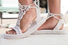 Örgü Ayakkabı ve Sandaletler