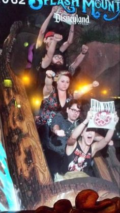 best people ever Roller Coaster Pictures, Crazy Roller Coaster, Stupid Funny Memes, Haha Funny, Hilarious, Funny Pins, Rollercoaster Funny, Marvel Memes, Marvel 3