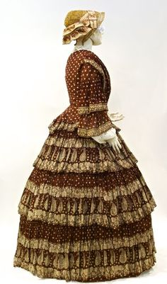 dress, cotton printed 'a la disposition', unlabelled, American, mid 1850s.