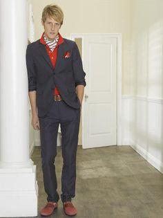 Nolan Ross Looks Serious in Revenge Season 2 Promo Photo