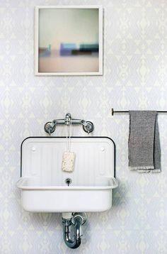 geometrically-inspired wallpaper
