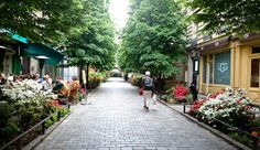 Le Marais, Paris by AieshaB, via Flickr