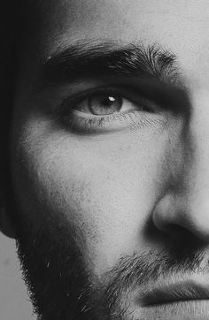 Tyler Hoechlin...to say I'm obsessed with him would be a vast understatement.