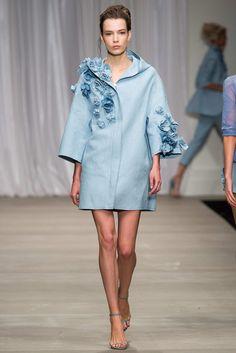 rain or shine // Ermanno Scervino SS 2015 #womensfashion #stylish #envogue