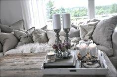 coffee table setting