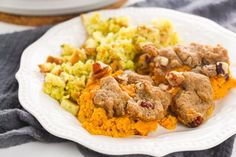Sweet Potato Casserole With Pecan Topping Stuffing Recipes For Thanksgiving, Thanksgiving Side Dishes, Best Sweet Potato Casserole, Beef Casserole Recipes, Fried Chicken Recipes, Southern Recipes, Kitchen Recipes, Appetizer Recipes, Breakfast Recipes