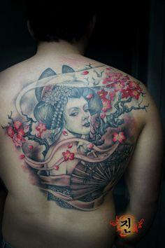 Татуировки с гейшами