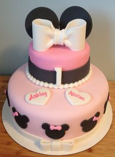 Baby Minnie Mouse cake for twins first birthday