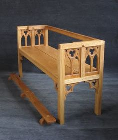 St. Thomas guild - medieval woodworking, furniture and other crafts…