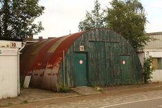 disney land sarge 39 s gift shop in quonset hut exterior. Black Bedroom Furniture Sets. Home Design Ideas