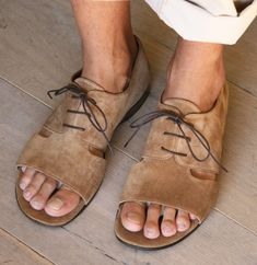 I love these sandals, either for him or for her