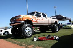 lifted dually trucks | 2014 Bring The Noize Custom Truck Show 14 Lifted Ford F350 Dually