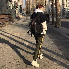 // baekhyun Baekhyun Fanart, Kai Exo, Chanyeol Baekhyun, Park Chanyeol, Kris Wu, Chanbaek, Exo Korean, Korean Drama, Exo Members
