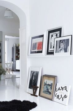 Picture rail in the hallway
