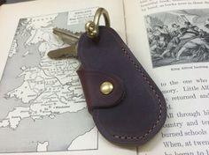 Horween社製Cromexcel Leatherとは約90年製造方法が変わらず、長い間世界中のブーツ製造に採用されるなど、しなやかでしっとりと肌触りの良い...|ハンドメイド、手作り、手仕事品の通販・販売・購入ならCreema。