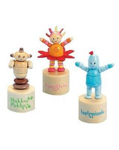 In the Night Garden Collapsing Trio 10076578 48 Advantage card points. Push the bases of Igglepiggle, Makka Pakka and Upsy Daisy to make this In The Night Garden Collapsing Trio dance. FREE Delivery on orders over 45 GBP. http://www.MightGet.com/february-2017-1/in-the-night-garden-collapsing-trio-10076578.asp
