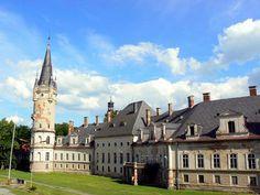 Bożków - the most unlucky palace in Poland. Abandoned palace in Bożków, lower Silesia, Poland.
