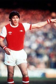 Malcolm MacDonald Arsenal 1976