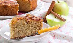 Diyetisyen ve iyi yaşam uzmanı Dilara Koçak'ın yağsız elmalı kek tarifi.