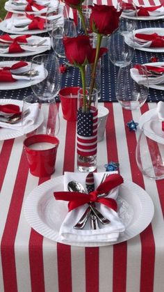 #MakeItBeautiful This Independence Day With A Patriotic Tablescapeu2026layer A  Blue And White Starred