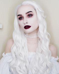 Halloween Makeup : White Queen inspired makeup and outfit Ghost Makeup, Witch Makeup, Evil Makeup, Vampire Makeup Looks, Vampire Hair, Vampire Queen, Prom Makeup, Gothic Makeup, Costume Makeup