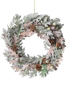 Linea Oak and acorn wreath