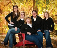 Family of 5 Photography Poses | fall is the perfect season for a family portrait times for our october ...