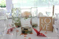 Centros de mesa - rosas, numero encastrable, grullas y confetti