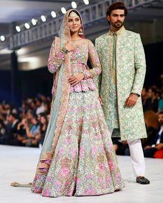 Nomi Ansari Bridal Collection at Pakistan Fashion Week 2017 Pakistani Couture, Pakistani Bridal Dresses, Bridal Lehenga, Pakistani Outfits, Indian Dresses, Indian Outfits, Fashion Business, Indian Lehenga, Desi Clothes