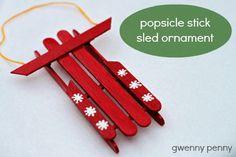 Réutiliser des bâtonnets de glace pour faire une déco e Noël  luge de neige
