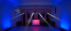 4 Moving Heads & Sound System Line Array Technology